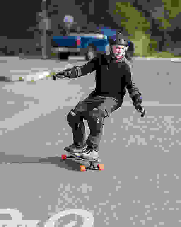 78-year-old-longboarder-lloyd-kahn.jpg