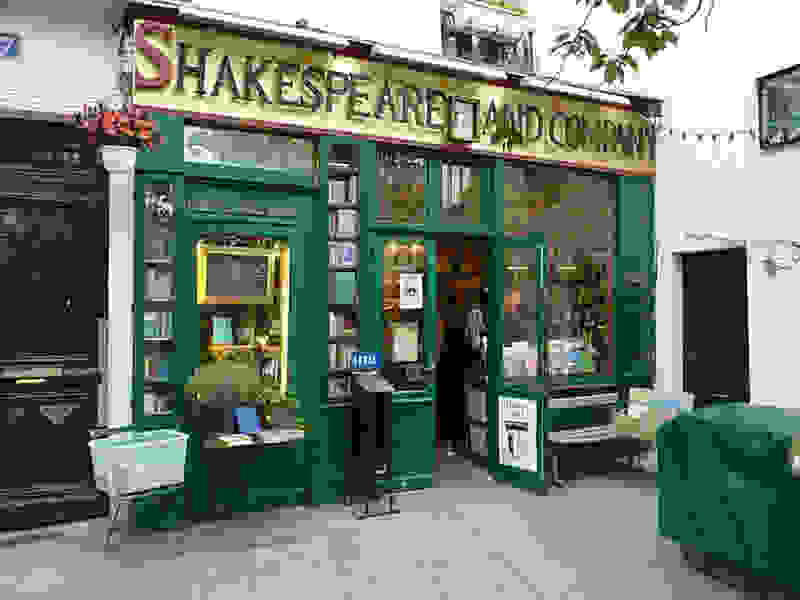 Shakespeare-and-Co-Paris-Bookstore.jpg