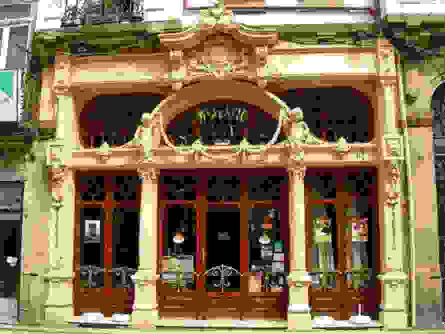 cafe-majestic-porto-portugal.jpg