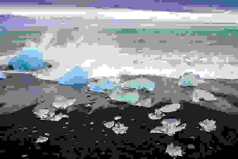 jokulsarlon-beach-iceland-731467.jpg