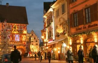 Κολμάρ: Μια πόλη της Γαλλίας που μοιάζει να βγήκε από παραμύθι..!