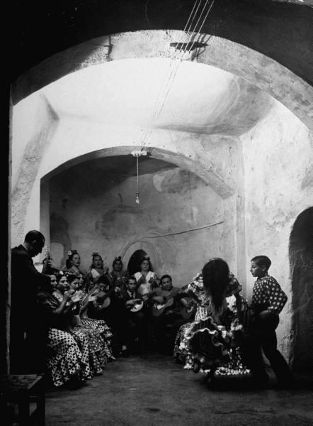 oi-spilies-ton-xorefton-flamenco-tis-andalousias-09998.jpeg