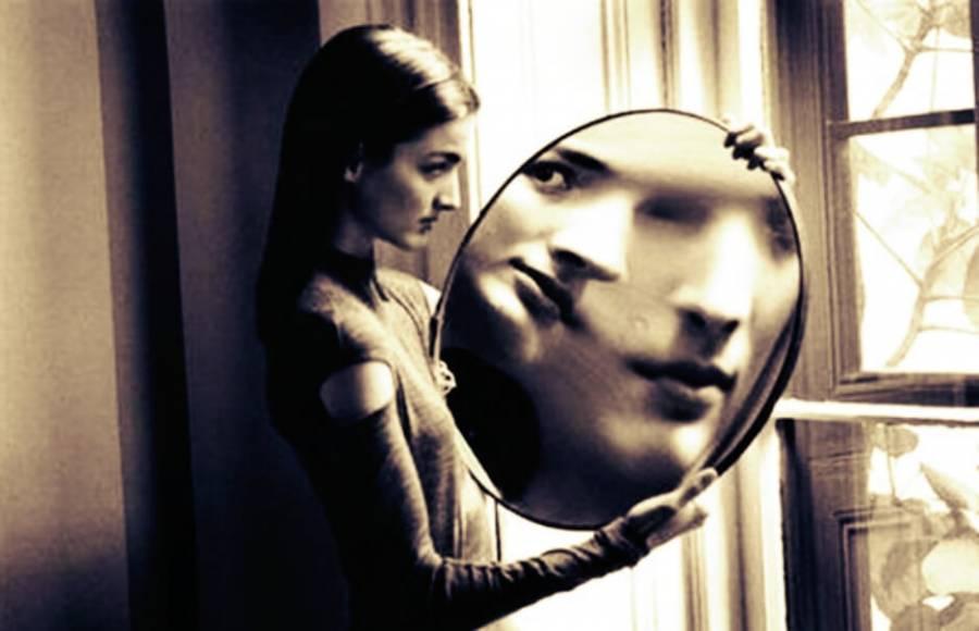 Αποτέλεσμα εικόνας για duane michals photography mirror