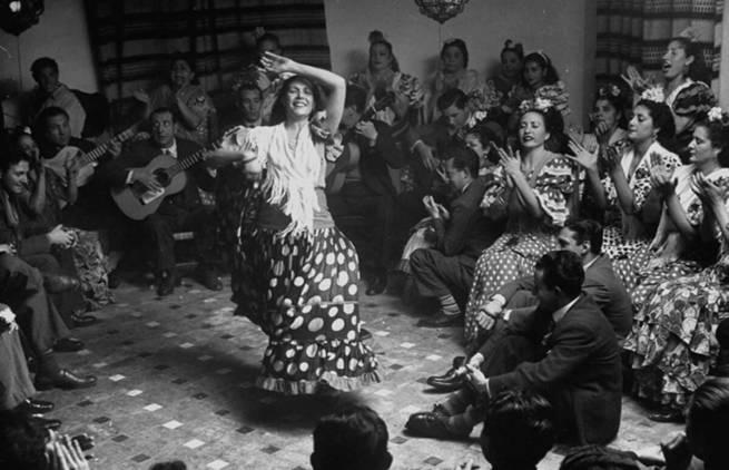 Oι σπηλιές των χορευτών Flamenco της Ανδαλουσίας