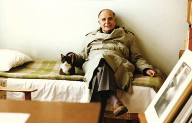 Ντίνος Χριστιανόπουλος - «Η Γάτα»
